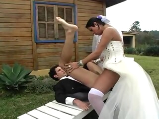Hot shemale bride fucks new hubby shemale amateur shemale outdoor