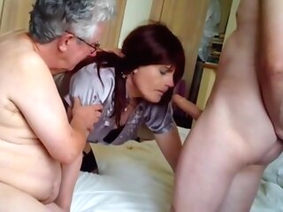 Maria satin desperate housewife part 5 shemale amateur shemale blowjob shemale guy fucks shemale